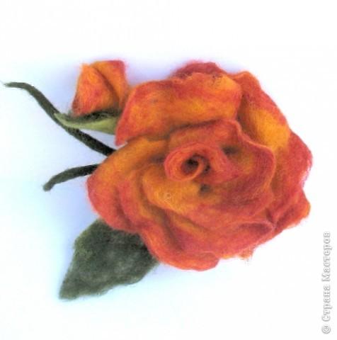 Украшение Валяние (фильцевание): валяные цветы Шерсть.  Фото 3.