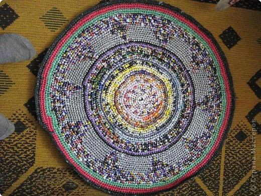 Вязание крючком: Чудо-коврики. Материал бросовый. Фото 5