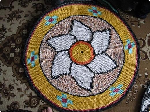 Вязание крючком: Чудо-коврики. Материал бросовый. Фото 6