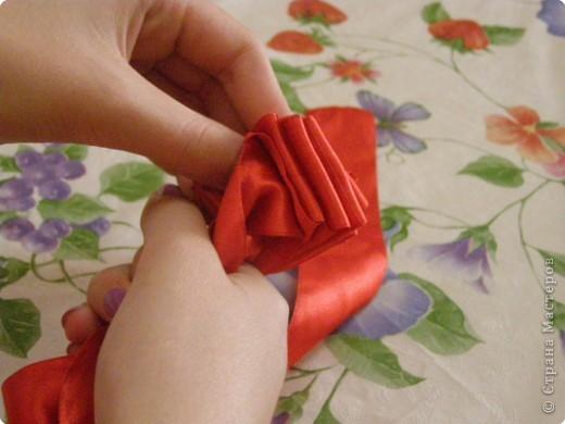 Мастер-класс: Розы из атласных лент...(мастер класс) Ленты.  Фото 8.