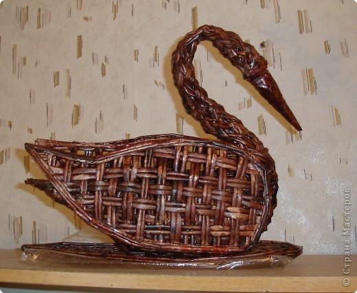 Поделка, изделие Бумагопластика: лебедь Бумага газетная