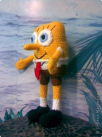Игрушка Вязание крючком: Спанч Боб Пряжа.  Фото 2.