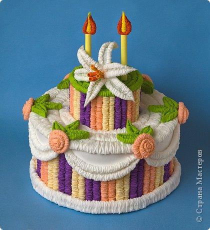 Гофротрубочки: Праздничный торт из гофротрубочек