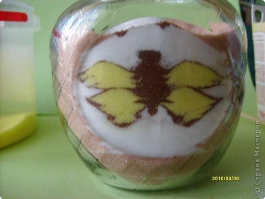 Дорогие мастерицы, вот такой новый рисунок крашеной солью получился у меня! Захотелось попробовать изобразить бабочку. А по ходу