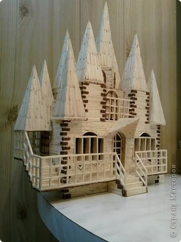 Замок Острый из спичек