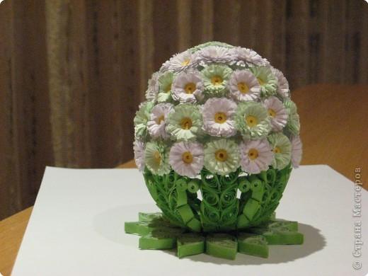 Поделка, изделие Квиллинг: А вот и моё первое Пасхальное яичко в квиллинге Бумага Пасха. Фото 1