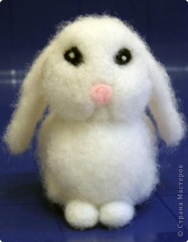 Фельдцевание: Мастер-класс по валянию Кролика из холофайбера