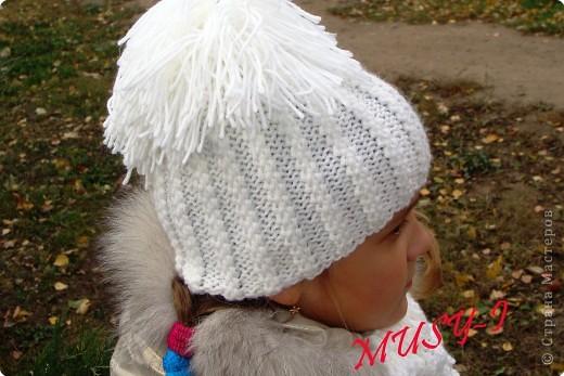 Вяжем шапку-шлем на спицах