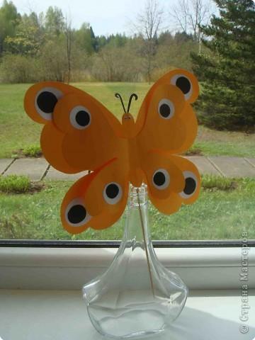 Поделка, изделие Аппликация, Вырезание: Бабочки по одному трафарету. Бумага, Картон, Ленты, Проволока. Фото 2