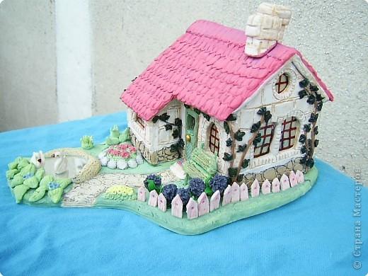 Из полимерной глины домик