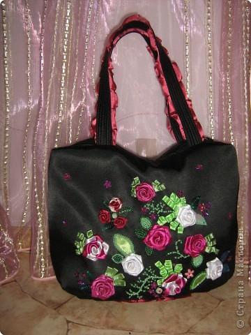 Вышивка: Вышитая летняя сумка Ленты.  Фото 1.