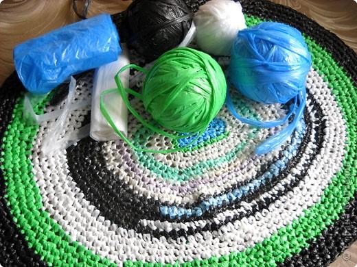 Вязание крючком сумки из мусорных пакетов схемы.