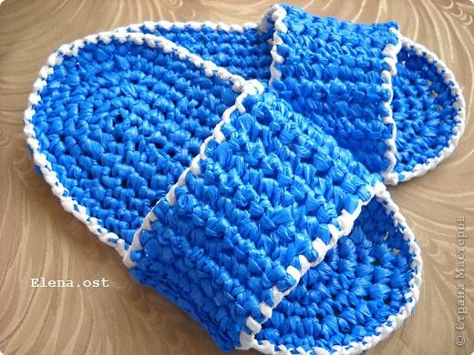 Поделка, изделие Вязание крючком: Связала из полиэтиленовых пакетов.
