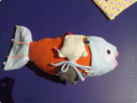 Раннее развитие Шитьё: Развивающая рыбина Ткань. Фото 1