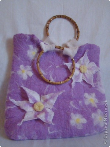 "Валяние / Сумка  ""Белые цветы "" Каталог - Аксессуары, сумочки, одежда..."