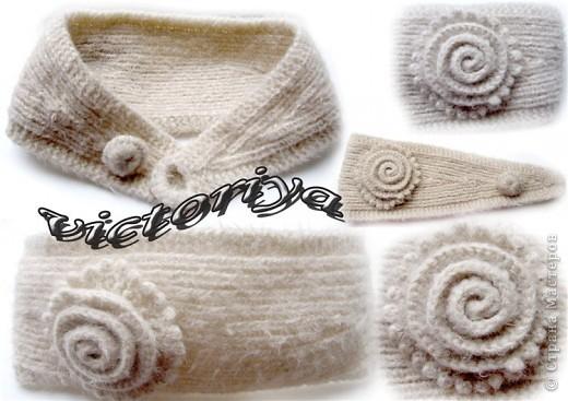 Описание: вязаная повязка на голову с косами.