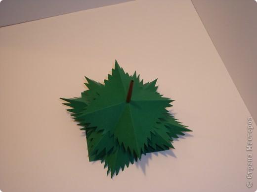 Маленькая елочка из бумаги своими руками