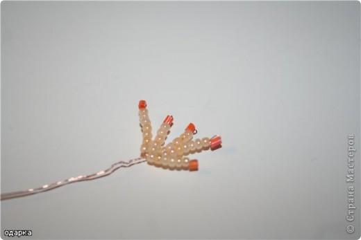 Вот такой одинокий осенний цветочек!О чем он думает?Наверное о том,что осень--яркая,цветная,золотая!!!!!!!!И не надо грустить!!!То что он одинок-не беда...За то он гордится собой!!!!!!!!!. Фото 7