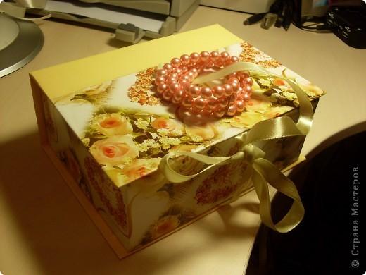 Не удержалась..и вот еще одна коробочка)). Фото 1