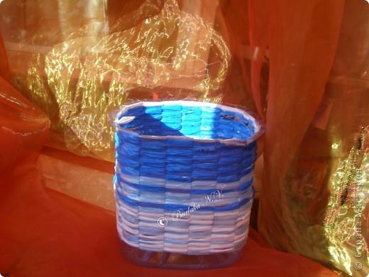 Мастер-класс,  Плетение, : Кашпо из пластиковых бутылок и полиэтиленовых пакетов Бутылки, Материал бросовый . Фото 7