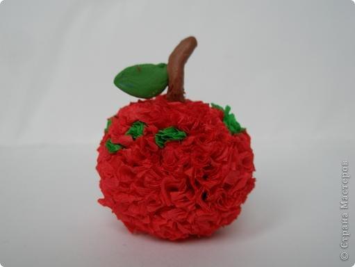 Сделать яблоко из бумаги