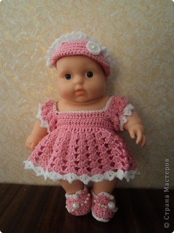 Видео вязание крючком для куклы одежду