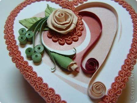 Декор предметов Квиллинг: шкатулки сердечки Картон, Ленты, Бумажные полосы Валентинов день. Фото 6