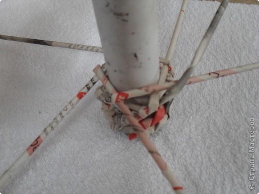 Мастер-класс,  Моделирование, Плетение, : Велосипед газетный.Часть1.Плетение колес Бумага газетная, Клей, Нитки . Фото 4