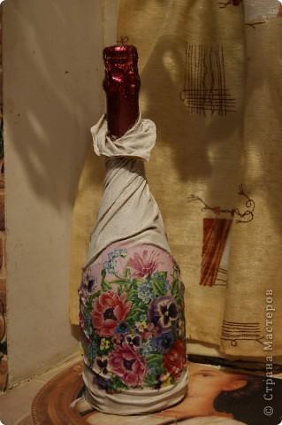 Мастер-класс,  Декупаж, : мой МК по изготовлению вот такой бутылочки Капрон 8 марта, День рождения, . Фото 9