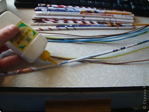 Водоэмульсионка, салфетка, лак. Фото 5