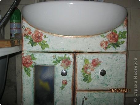 Декупаж тумбочки в ванной