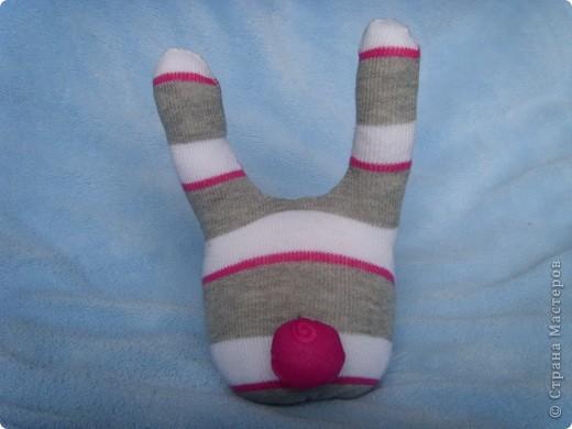 Игрушка Шитьё: Заяц из носка Носки.  Фото 4.