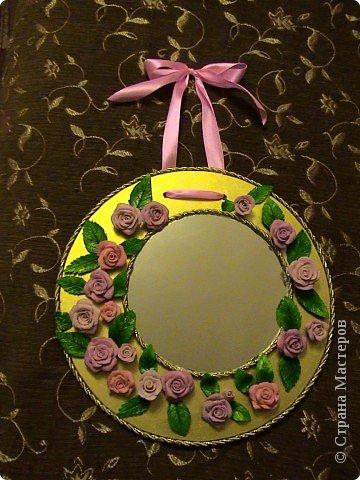 Захотелось сделать вещь не только красивую, но и функциональную. Диаметр круга 30 см, а диаметр самого зеркала 18 см.. Фото 20