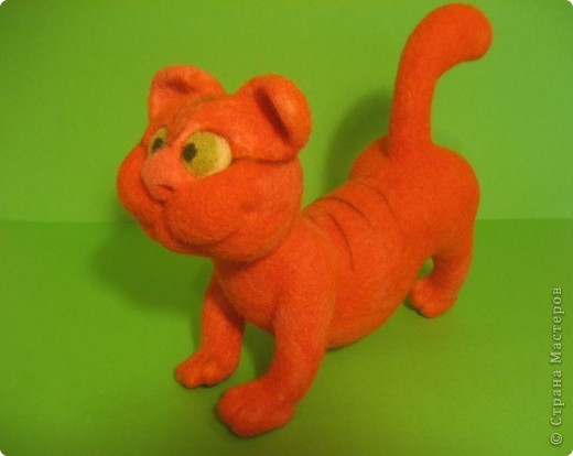 """Игрушка из валяной шерсти  """"Кот """"-2. Интернет магазин вещей из шерсти."""