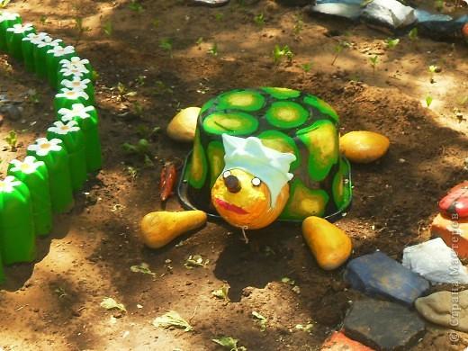 Поделки в саду черепаха - Оформление участков в детском саду Страна