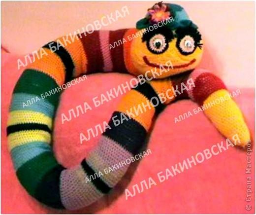 Игрушка, Куклы Вязание, Вязание крючком: Вязаная игрушка: Очковая змея Нитки, Пряжа. Фото 1