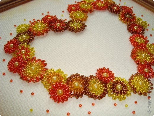 Сердце из бисерных цветов Dsc02660_2