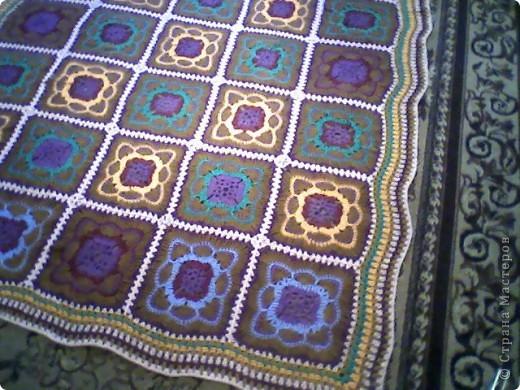 Интерьер Вязание крючком: плед крючком из квадратов Нитки.  Фото 2.