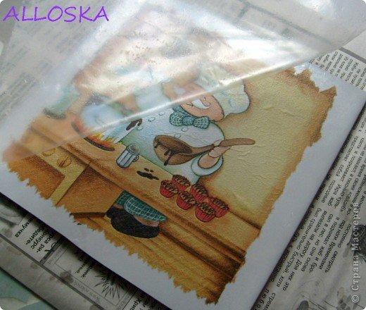 Мастер-класс, Поделка, изделие Декупаж: ДЕКУПАЖ на керамической плитке,небольшой МК Краска, Салфетки Отдых. Фото 9