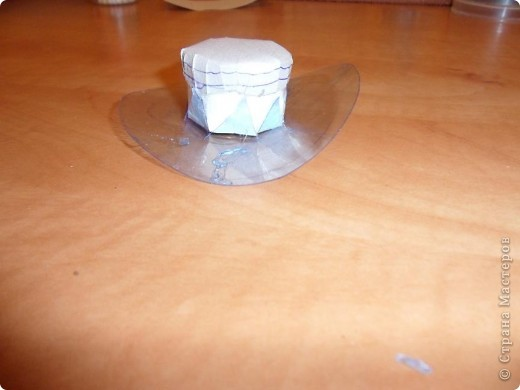 Как сделать своими руками шляпу на бутылку 10