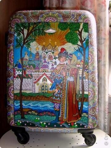 Декор предметов Роспись: Роспись чемодана акрилом и контурами Отдых. Фото 10