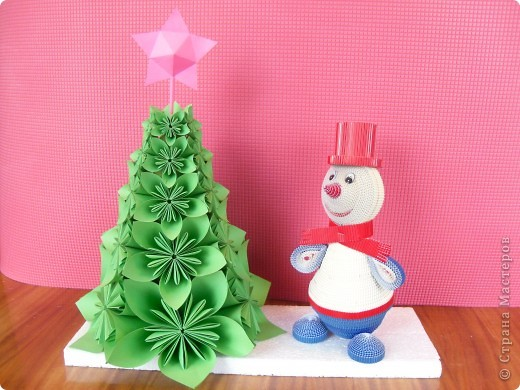 Поделка, изделие Квиллинг, Оригами модульное: Снеговик у ёлочки. Бумага Новый год. Фото 1