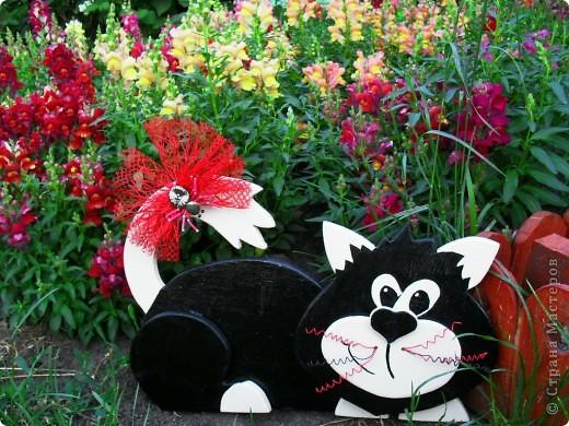 Поделка, изделие Выпиливание: дачный кот Клей, Краска, Проволока, Фанера. Фото 1