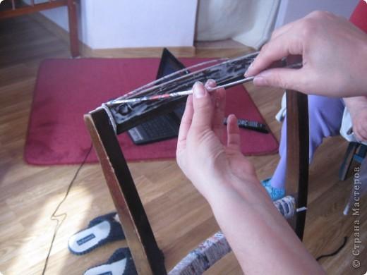 Мастер-класс Плетение: вешалка из старого стула Бумага газетная. Фото 2