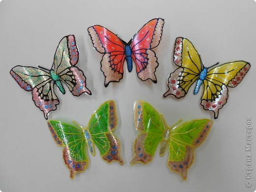 Бабочки из бутылок пластиковых своими руками видео
