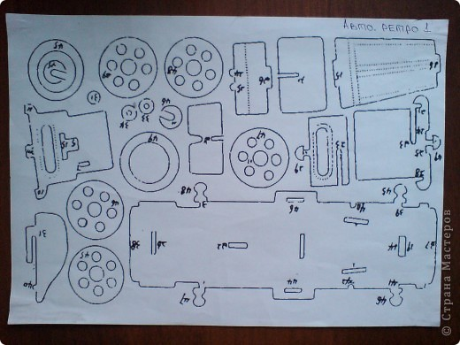 Поделки для мальчиков Выпиливание: Модели автомобилей Фанера. Фото 14