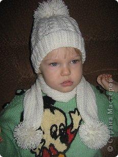 img 27901 2012 Örgüden çocuklar için beyaz atkı ve şapka modeli