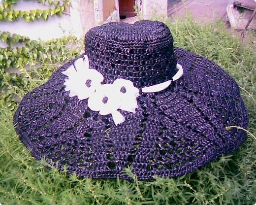 Гардероб Вязание: Шляпа из мусорных пакетов Полиэтилен Отдых.  Фото 1.