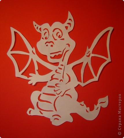 Картина, панно Вырезание силуэтное: Шаблоны драконов Бумага Новый год. Фото 1