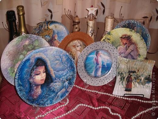 Мастер-класс Декупаж: Тарелочки к праздникам,обратный декупаж Стекло Новый год. Фото 1